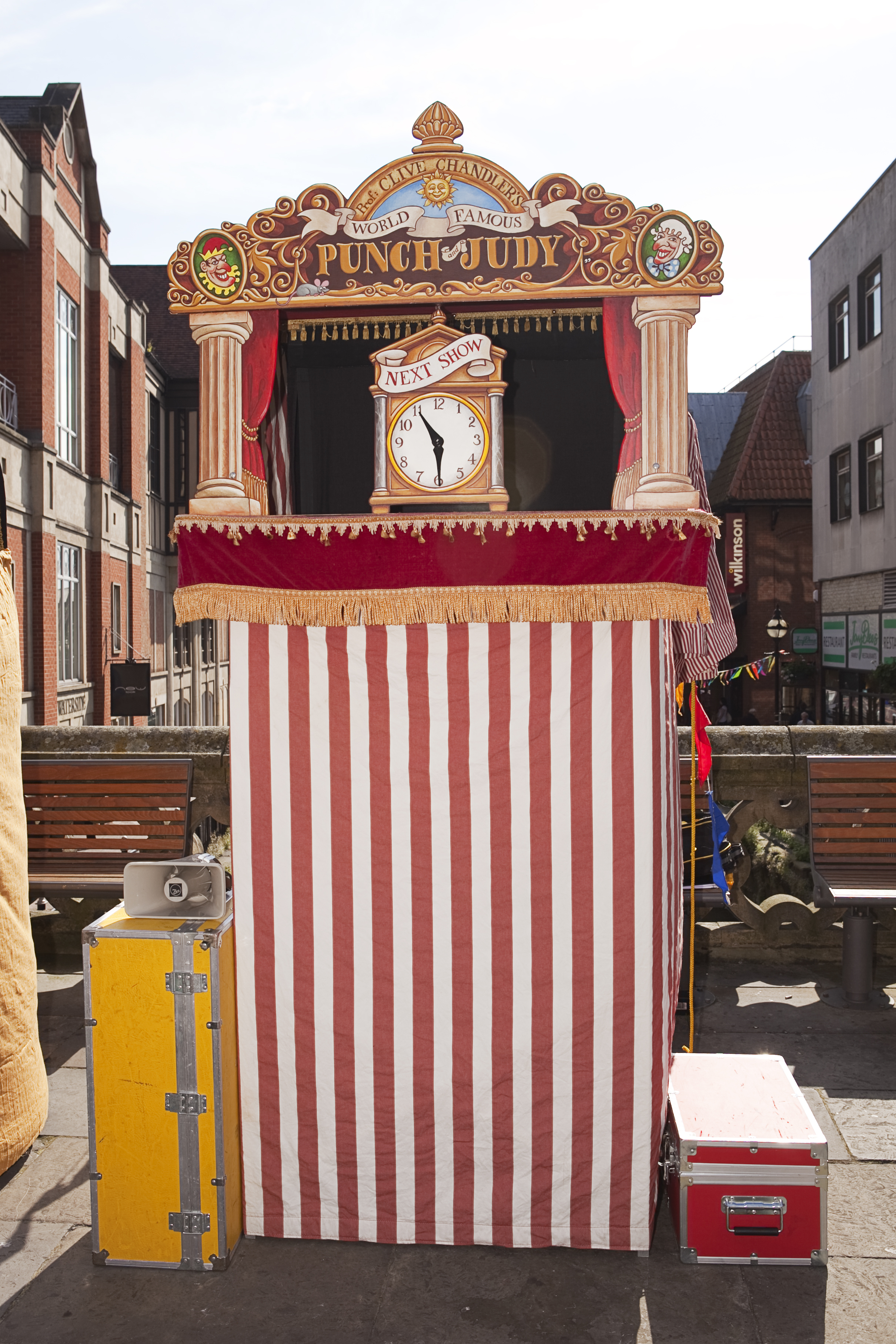 Gallery High Resolution Punch And Judy Show
